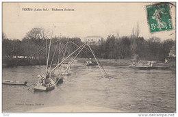 LOIRE ATLANTIQUE VERTOU PECHEURS D ALOSES - France