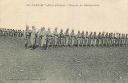 REMISE DE DECORATIONS à CASBAH TADLA - CAMPAGNE DU MAROC - COLONIAUX. - Andere Kriege