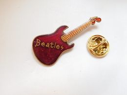 Beau Pin's , Musique , Les Beatles , Guitare - Musique