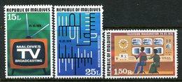 Maldive Islands 1978 Inauguration Of Television In Maldives Set HM (SG 743-745) - Maldives (1965-...)