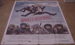 AFFICHE CINEMA ORIGINALE FILM DROLES D'ESPIONS John LANDIS Dan AYKROYD Chevy CHASE 1986 TBE DESSIN - Affiches & Posters