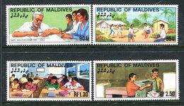 Maldive Islands 1982 National Education Set HM (SG 982-985) - Malediven (1965-...)