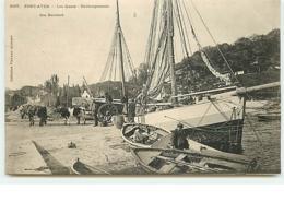 PONT-AVEN - Les Quais - Déchargement Des Bateaux - Collection Villard - Pont Aven