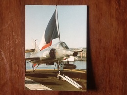 AVION DASSAULT ÉTENDARD IVP EMBARQUE SUR PORTE AVION FOCH - Aviación