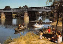 Lavaud (85) - à 4 Km De Mareuil Sur Lay - Les Bords Du Lay - Pont Construit Par Eiffel - Francia
