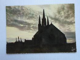 Saint-jean De Trolimon , Notre-dame De Tronoën Chapelle Du XVe Siècle Avec Calvaire De Granit - Saint-Jean-Trolimon