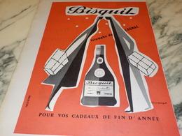ANCIENNE  PUBLICITE TRIOMPHE DU COGNAC   BISQUIT 1956 - Alcools