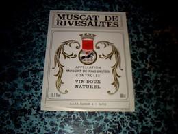 Etiquette De Vin D Occason Non Millesimée Muscat De Rivesaltes S.A.R.R. Eleveur à Frontignan ( 34110 ) - Languedoc-Roussillon