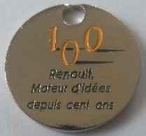 Jeton De Caddie - 100 Ans - RENAULT - Moteur D'idées Depuis 100 Ans - Technocentre RENAULT 1998 - En Métal - - Jetons De Caddies