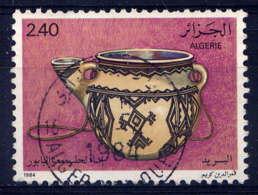 ALGERIE - 808° - POT A TRAIRE - Algerien (1962-...)