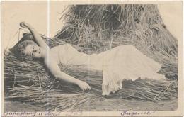 4224 Jeune Femme Allongée Dans La Paille Datée Aout 1903 - Other