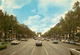 Automobiles - Voitures De Tourisme - Paris - L'Avenue Des Champs Elysées - Au Fond, L'Arc De Triomphe - CPM - Voir Scans - Voitures De Tourisme