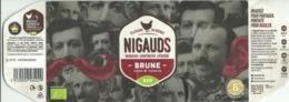 Etiquette Décollée Bière Nigauds Brune Brasserie Coopérative Liégeoise - Bière