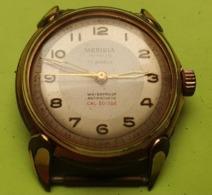 Montre Homme - MERIDIA Suisse - Vers 1960 - Plaqué OR ? Fond Acier Et Vissé - 17 Rubis - NE FONCTIONNE PAS - Horloge: Antiek