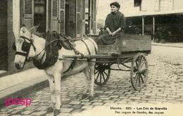 PHOTO : Manche : Les Cris De Granville : , Photo D'une Ancienne Carte Postale; 2 Scans - Lieux