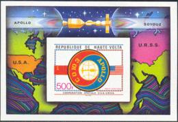 UPPER VOLTA (1975) Apollo-Soyuz. Imperforate S/S. Scott No C219, Yvert No BF5ag. - Alto Volta (1958-1984)