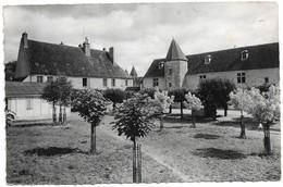 58 Varzy Centre De Vacances De La Ville De Clichy (2 Scans) - Francia