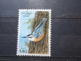 VEND BEAU TIMBRE D ' ALGERIE N° 705 , XX !!! (a) - Algerien (1962-...)