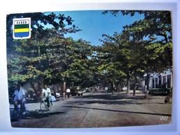 GABON - PORT-GENTIL - Avenue Sao De Brazza - Gabon