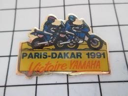 516A Pin's Pins / Beau Et Rare / THEME : MOTOS / VAINQUEUR YAMAHA RALLYE PARIS-DAKAR 1991 - Motorfietsen