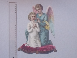 CHROMO DECOUPIS Gaufré Très Grand Format: ANGE Fillette Prière Religieux Religion Longues Ailes Anges Coussin Enfant - Angels