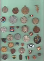 35 Medaglie E Distintivi Di Vari Paesi - Andere
