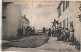 17 ILE De RE - RIVEDOUX  Le Battage Du Blé - Ile De Ré