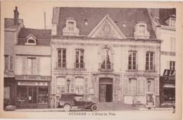 Bd - Cpa AUXERRE - L'Hôtel De Ville (belle Voiture) - Auxerre