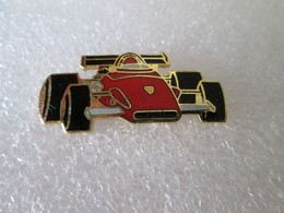 PIN'S   FORMULE 1  FERRARI     Email Grand Feu - Ferrari
