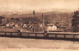 Pau (64) - Bizanos Et La Chaîne Des Pyrénées De La Terrasse Du Palais D'Hiver - Pau