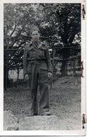 Cp France Militaire Armée Caserne Soldat Uniforme 1932 Soldat (k 04) - Uniformi