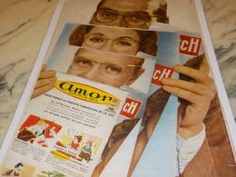 ANCIENNE PUBLICITE LUNETTE DE SOLEIL SOL AMOR ET PARIS MATCH 1956 - Vintage Clothes & Linen