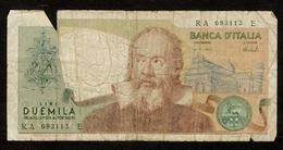 """Italië / 2000 Lire / 1973 / """"Galileo"""" / Numéro : RA 683113 E / 2 Scans - 2000 Lire"""