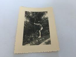BV - 22 - Photos Coloniales - Enfant à L' Arc Au Dahomey - Tir à L'Arc