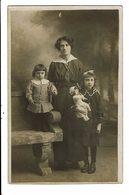 CPA-Carte Postale-FRANCE- Photographie D'une Maman Et Ses Deux Filles  VMO17092 - Photographs