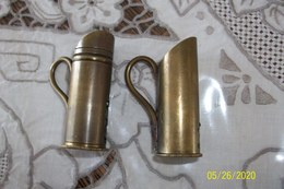 Dosettes A Poudre Noire Forme Broc - Militaria