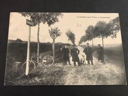 CPA 1900/1920 La Frontière Entre Trieux Et Lommerange Animée - Francia