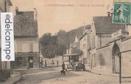 """CARRIERES-sous-BOIS : Place De Strasbourg,Autobus,Restaurant """"a La Halte Des Cyclistes"""",animée.édit Gras. - France"""