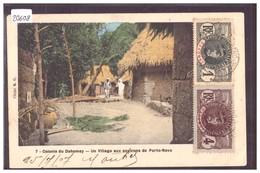 DAHOMEY - VILLAGE AUX ENVIRONS DE PORTO NOVO - B ( PLI D'ANGLE ) - Dahomey