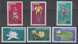 SERIE NEUVE DE ROUMANIE - FLEURS DU DELTA DU DANUBE N° Y&T 3501 A 3506 - Pflanzen Und Botanik