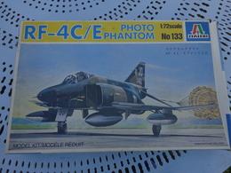 Maquette Avion Militaire--en Plastique-1/72.ref Italeri Ref 133 Rf-4c/e - Airplanes