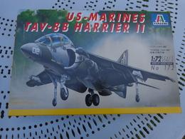 Maquette Avion Militaire--en Plastique-1/72.ref Italeri Ref  172 -US MARINES TAV-8B HARRIER H - Airplanes