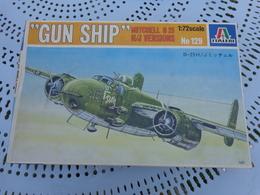 Maquette Avion Militaire--en Plastique-1/72.- Italeri Ref 129 GUN SHIP - Airplanes