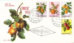 San Marino 1973 FRUTTA 3 FDC Primo Giorno Uva Mele Pere Fragole Susine... - Obst & Früchte