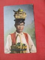 Italian Fruit Seller On His Head       Ref 4099 - Europe