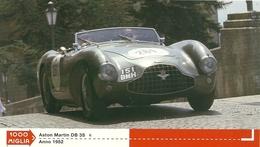 1000 MIGLIA  CARTONCIN  PUBBLICITARIO  ASTON  MARTIN DB  3S   1952   SUL  RETRO  CLASSIFICHE - Automobile - F1