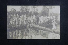 MILITARIA - Carte Photo - Militaires En Manœuvres - Passage D'une Rivière - L 61379 - Manoeuvres