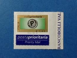2004 ITALIA POSTA PRIORITARIA FRANCOBOLLO NUOVO STAMP NEW MNH** PRIORITARIO 1,40 SERIGRAFICO TIPOGRAFICO DA FOGLIO DI 28 - 2001-10: Mint/hinged