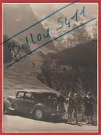Photo Citroën Traction 15-six Avec Vue ( Glaciers De La Meije Sortie De La Grave En Direction De Lautaret )Datée 07/1950 - Automobiles