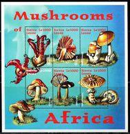 AZ3685 Sierra 2000 Mushroom Fungus S/S MNH - Plants